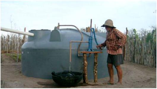 cisterna do Programa Àgua para todos